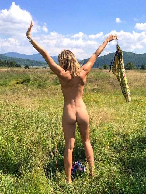 Encouraging Women into Naturism